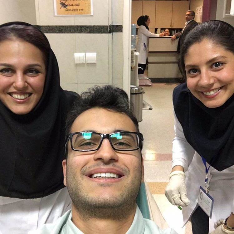 متخصص پروتز دندان در تهران